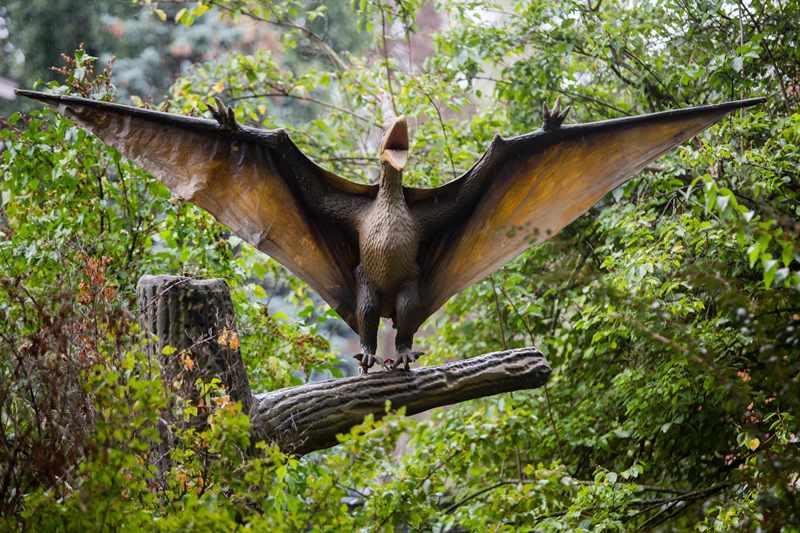 На ВДНГ можна буде дослідити життя динозаврів