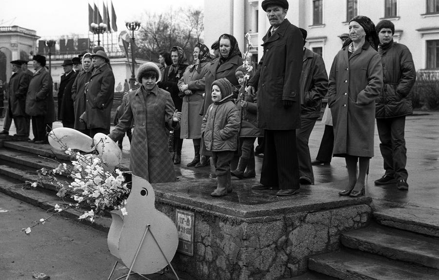 З'явилися лякаючі фото з СРСР, що показують розлючену радянську людину