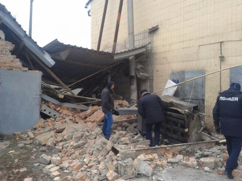 При взрыве котла вЯготине умер рабочий дорожно-эксплуатационного управления