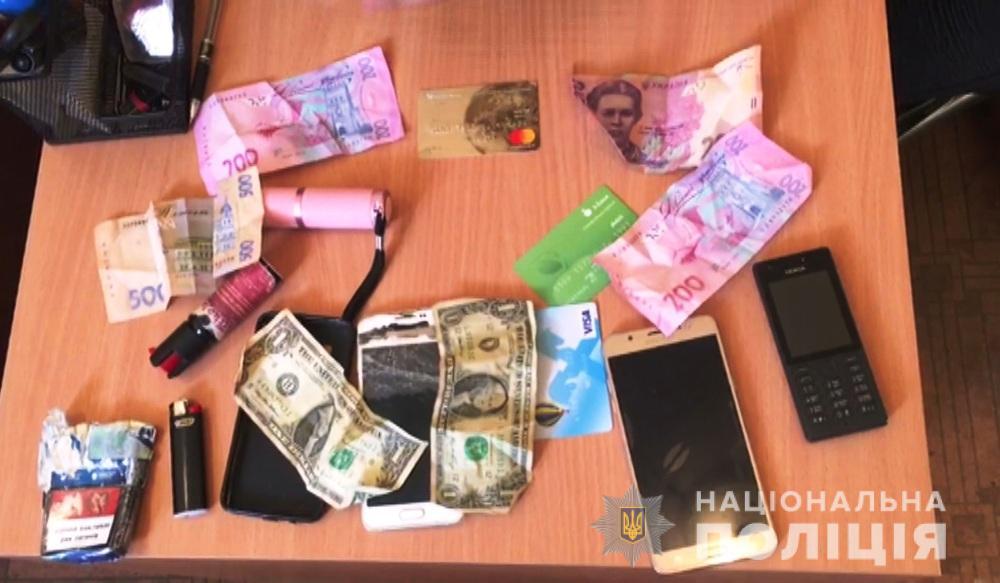 В Одесі чоловік викинув жінку з балкона квартири: усі подробиці