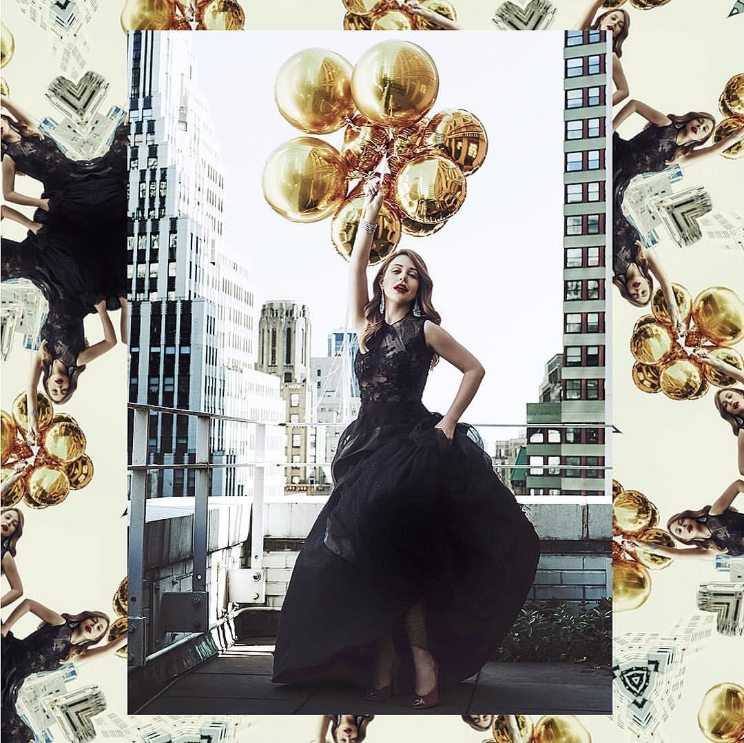 Тина Кароль очаровала воздушным платьем от украинского дизайнера
