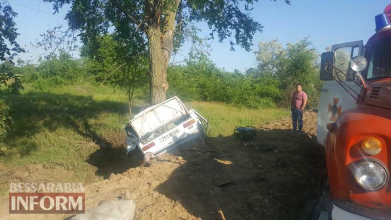 Уснул зарулем. ВОдесской области шофёр впилявся вдерево, четверо погибших