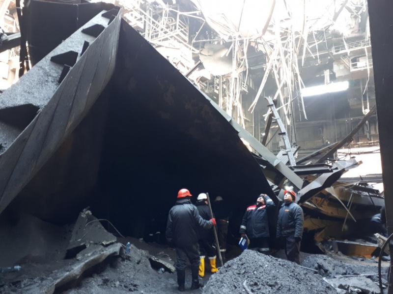 Назаводе вКривом Роге обрушилась крыша, один работник оказался под завалами