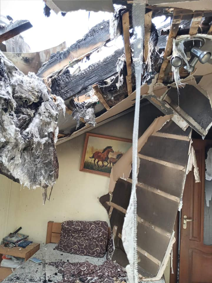 Падение самолета на Прикарпатье: сгорел дом со всеми вещами украинской гандболистки