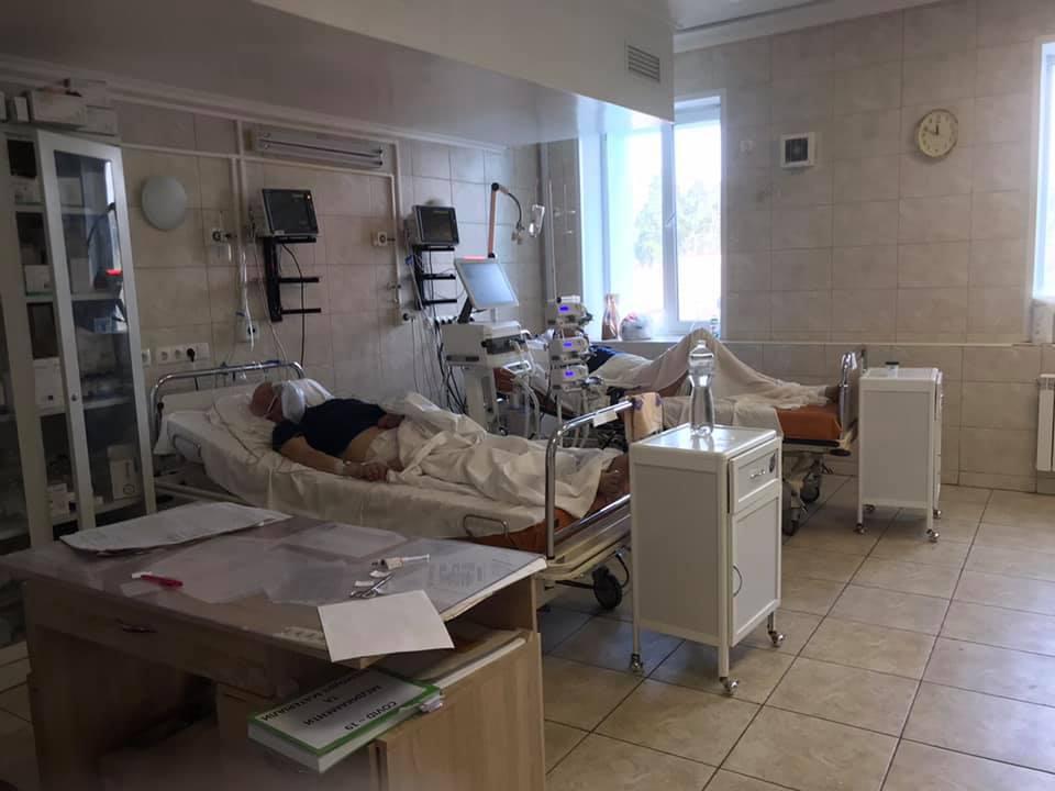 """У мережі шокували розповіддю про ситуацію в київській COVID-лікарні: """"люта жесть"""" (фото)"""