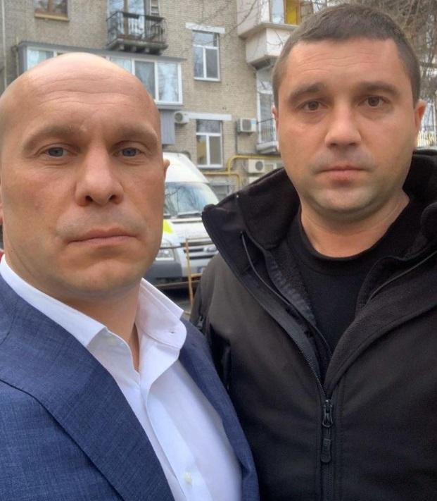 """""""Охранник"""" Кивы угрожал перерезать горло официантке: неожиданные детали"""