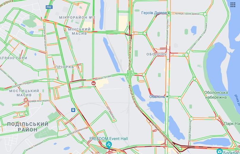 Накануне выходных Киев сковали пробки: какие улицы следует объехать