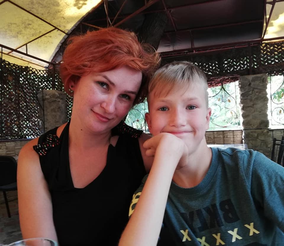 Вдова погибшего воина АТО нуждается в срочной операции: помогите спасти маму двоих деток