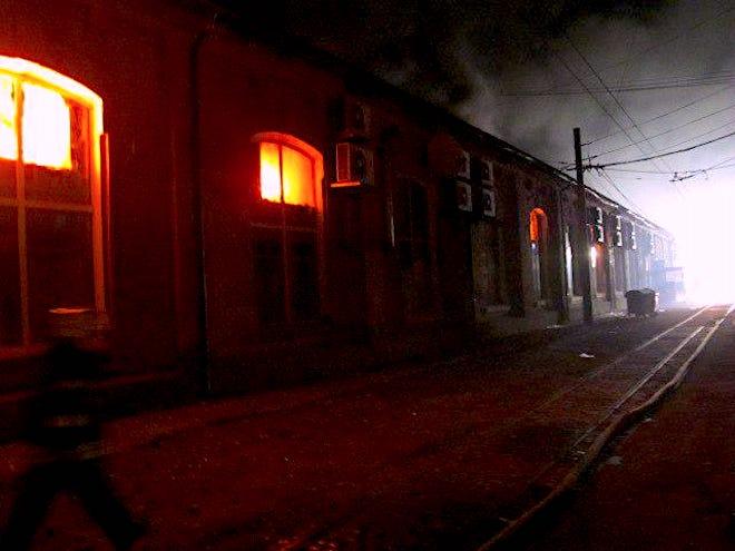 """В Одессе горела гостиница """"Токио Стар"""", есть погибшие"""