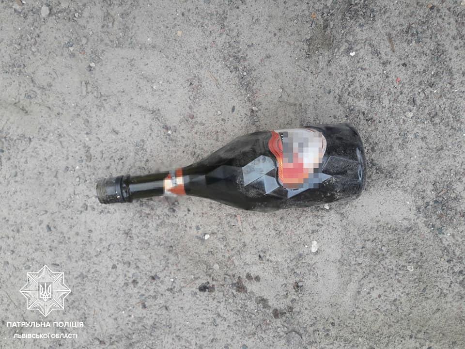 Во Львове мать пыталась напоить алкоголем шестилетнюю дочь