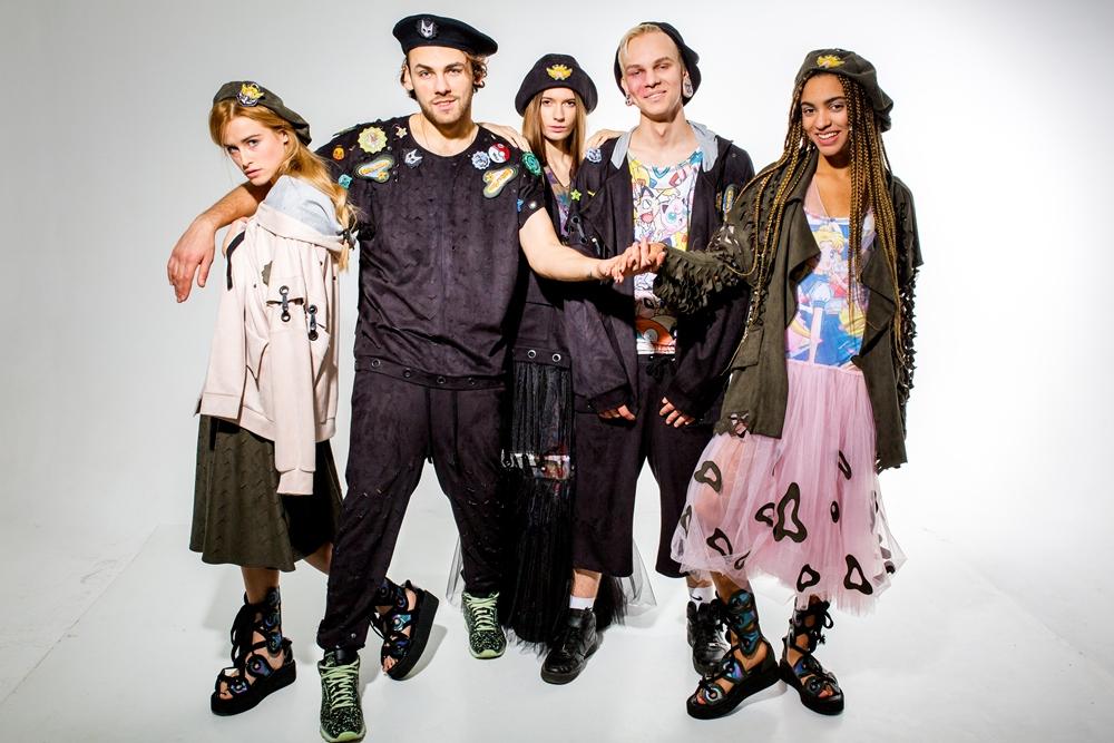 Стильний гардероб до літа  Українські дизайнери і стиліст Рост Дікой  розповіли про модні тенденції  8f192f31eaf61