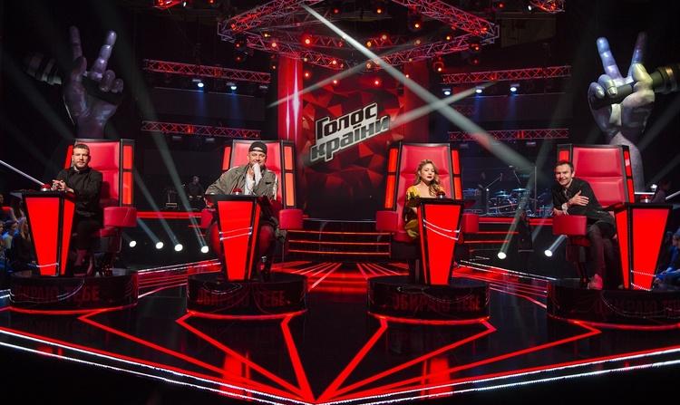 Суперфинал «Голосу країни»: фантастические эмоции насцене ирадость победительницы Виталины Мусиенко