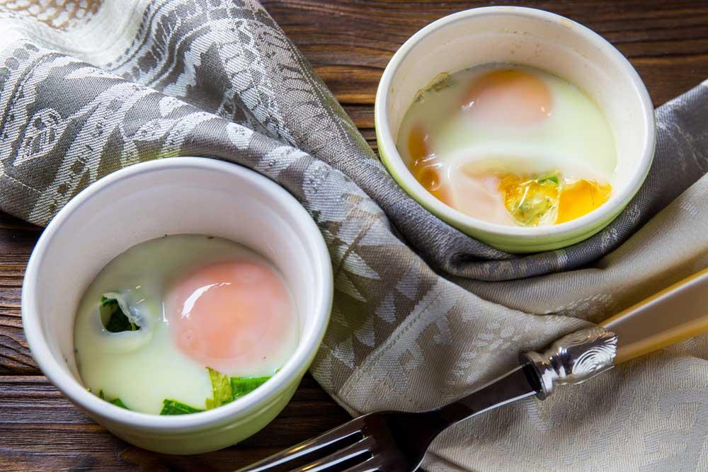 Топ-7 варіантів швидких страв з яєць на сніданок