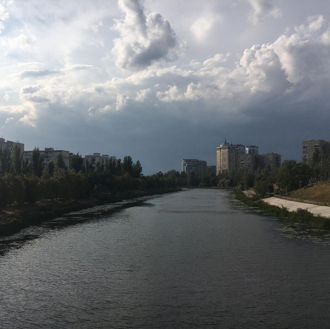 Киев накрыла мощная буря и залило ливнями: фото и видео грозовой стихии