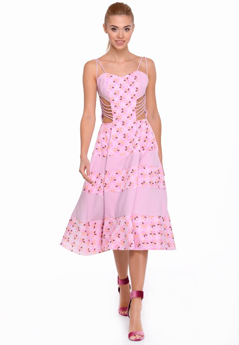 Стильний гардероб до літа  Українські дизайнери і стиліст Рост Дікой  розповіли про модні тенденції  3db859bf58306