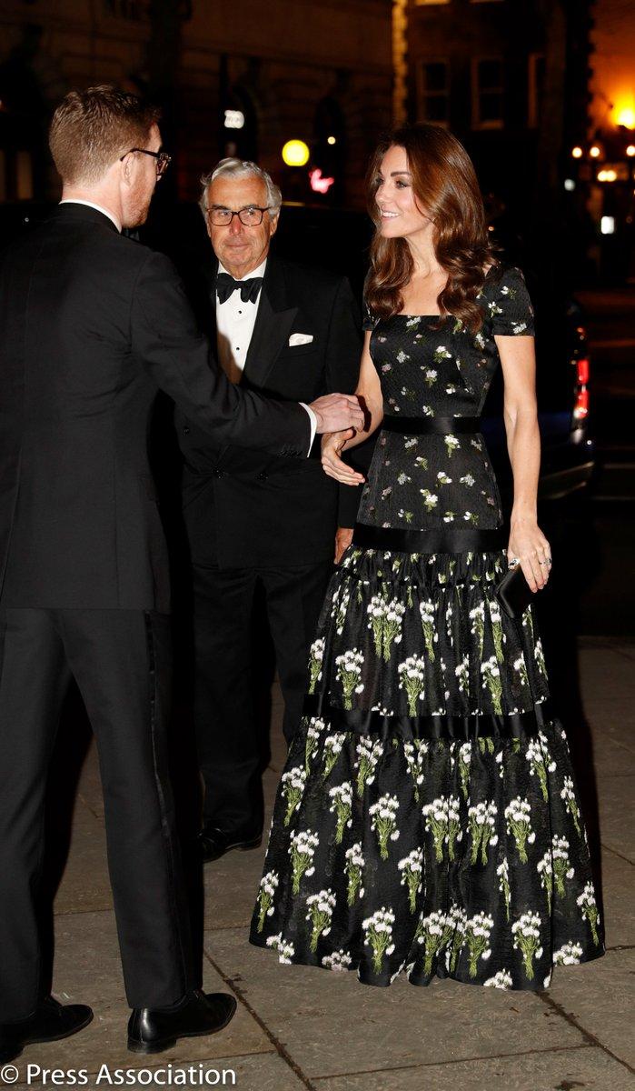 Кейт Миддлтон в платье отAlexander McQueen