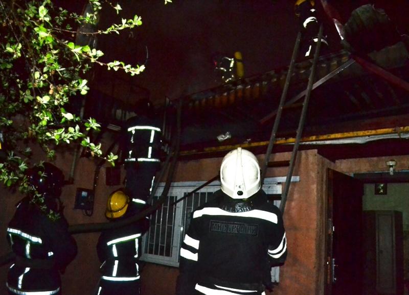 90-летний мужчина умер впроцессе ночного пожара наЧубаевке