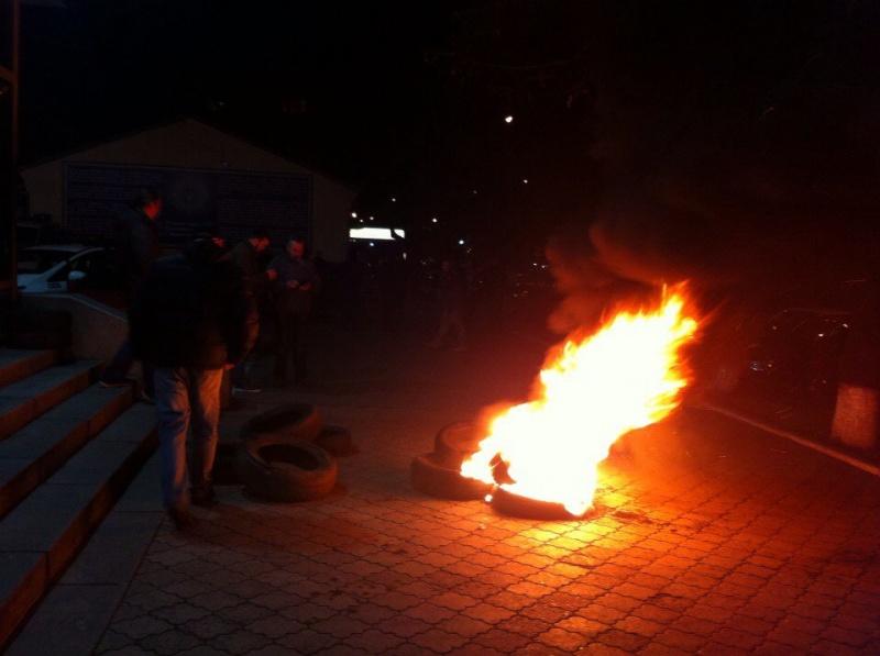 активисты захватили штурмом здание Черкасской областной полиции