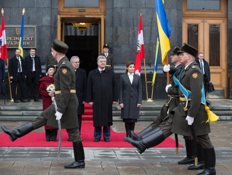 Порошенко начал встречу с президентом Австрии