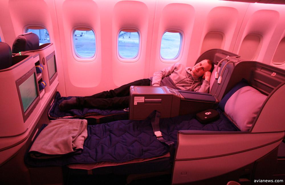 Кресла-кровати и навороченные телевизоры: фото из самолета МАУ поражают
