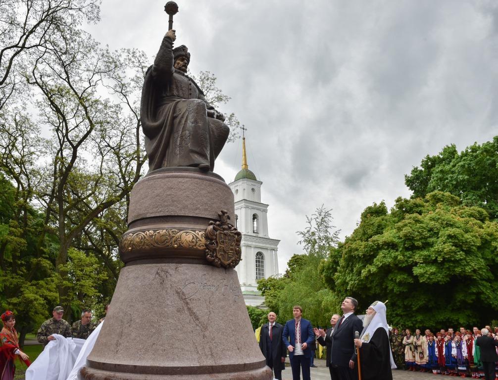 По словам Порошенка, ИванМазепа - настоящий символ украинского сопротивления России