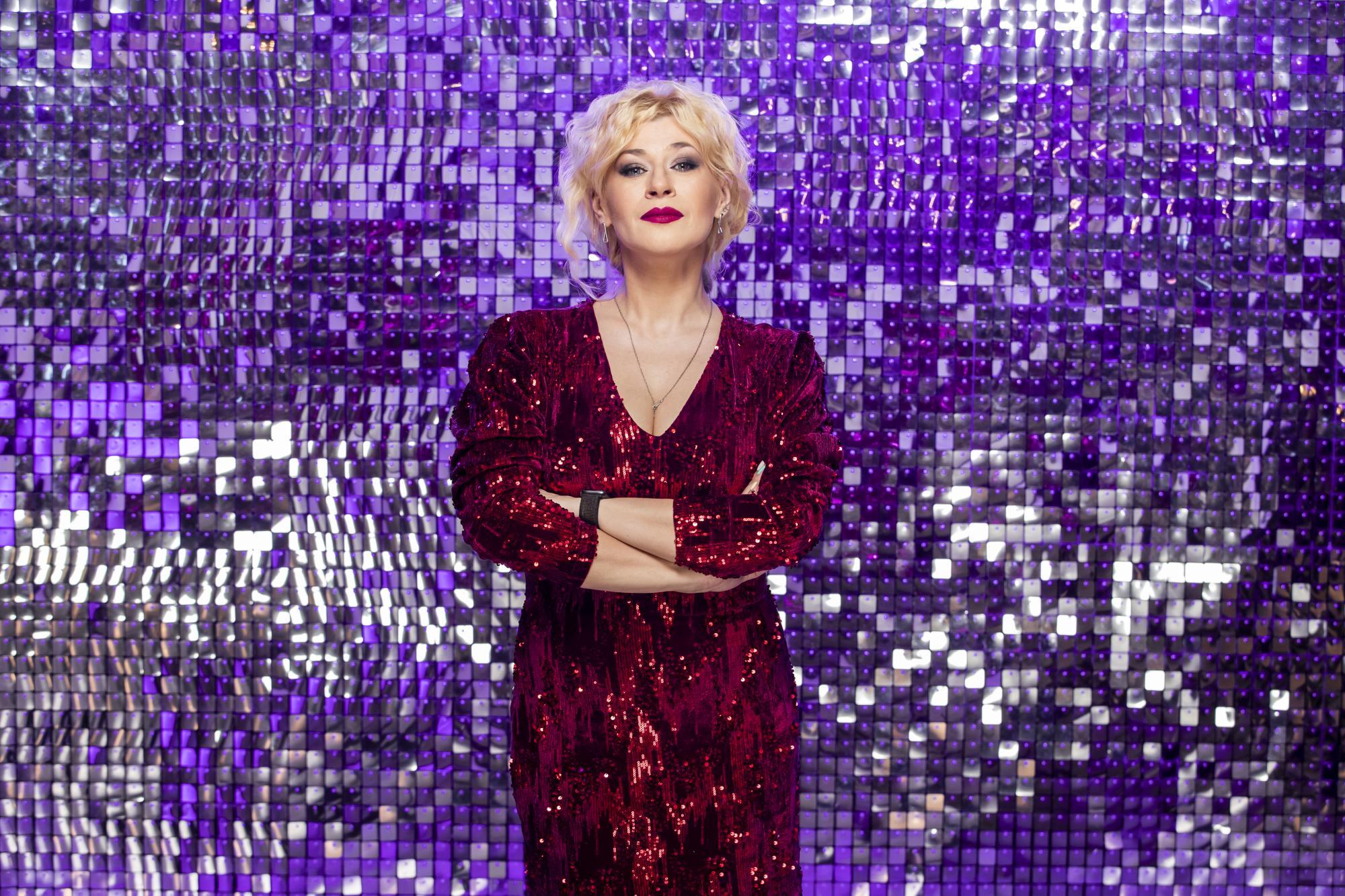 Не хочу бути артефактом: бек-вокалістка Вєрки Сердючки Ольга Нека – про сольну кар'єру і роботу з зірками