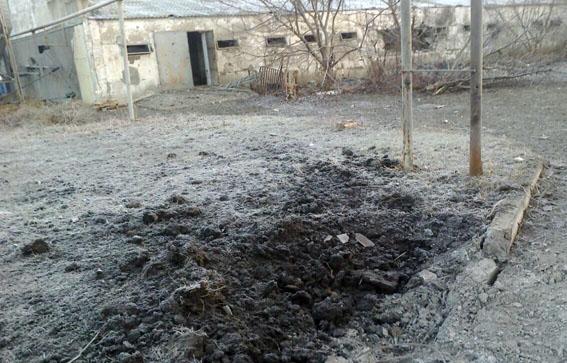 ВЯсиноватском районе впроцессе обстрелов умер охранник учреждения — милиция
