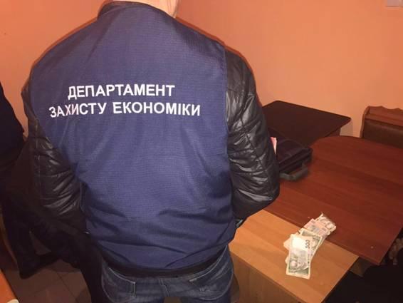 В Николаевской области задержали адвоката, готовящего взятку силовику