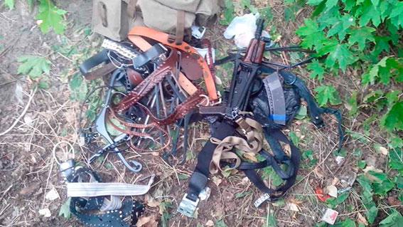 ВКременчуге наулице отыскали военный рюкзак савтоматом