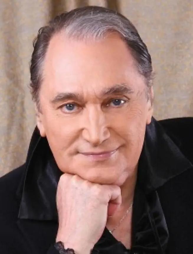"""Від коронавірусу помер Володимир Корєнєв, який зіграв Іхтіандра в """"Людині-амфібії"""""""