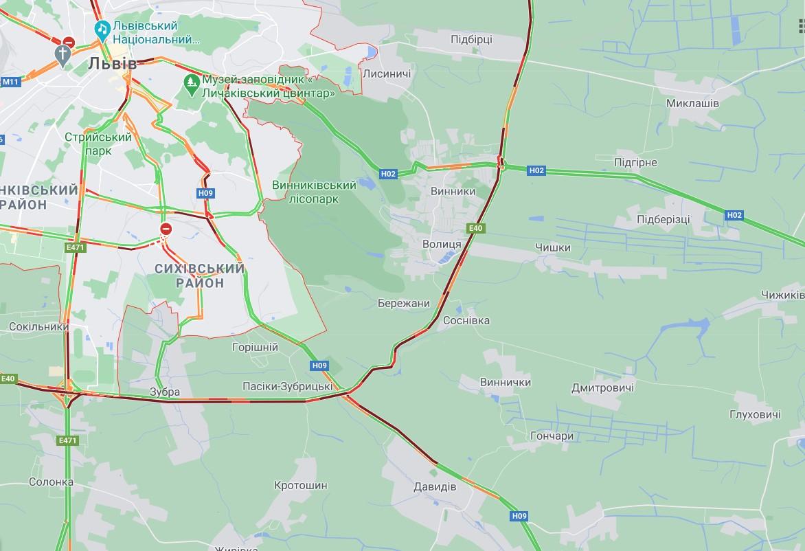 """На трассе """"Киев-Чоп"""" произошло масштабное ДТП: столкнулись 6 автомобилей"""