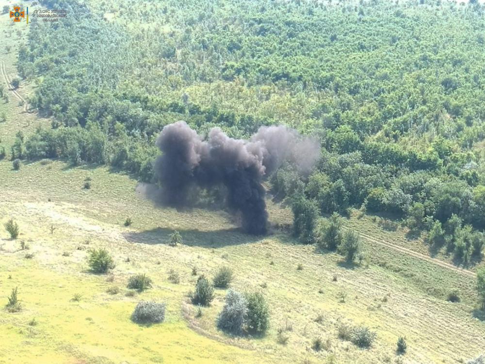 В Миколаївській області в селищі знайшли 500 снарядів часів минулих війн