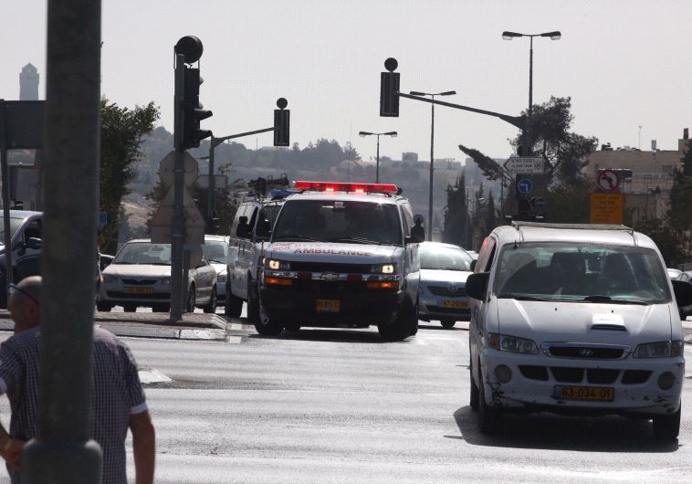 Террорист обстрелял трамвайную остановку вИерусалиме