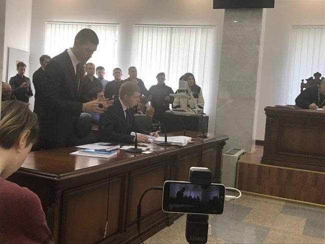 Суд отказался арестовать квартиры иавто Мартыненко
