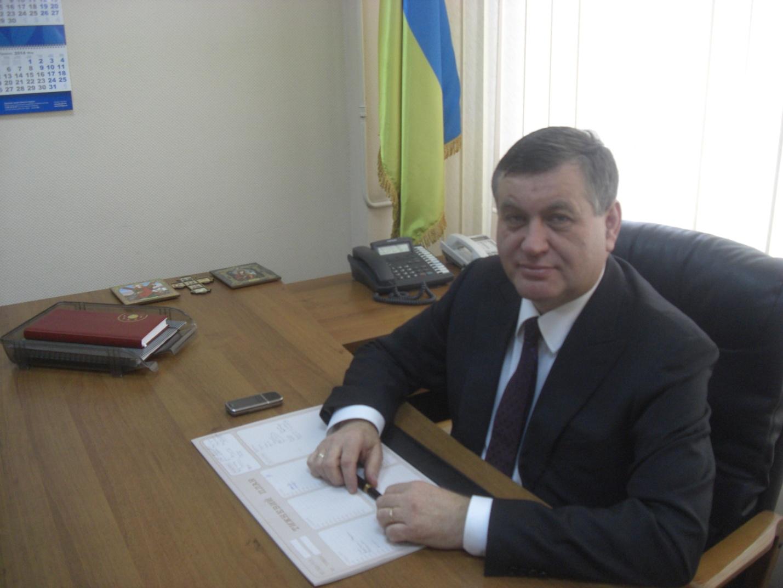 Руководитель Фонда защиты людей сограниченными возможностями вымогал 700 тыс. грн отподчиненного