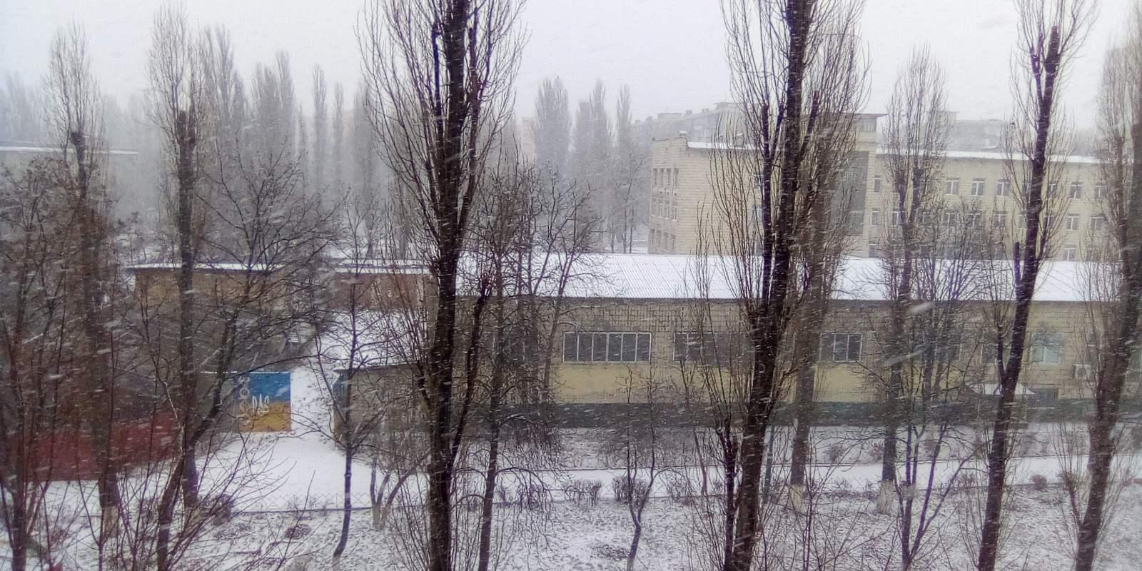 Київ засипає снігом: з'явилися яскраві фото і відео