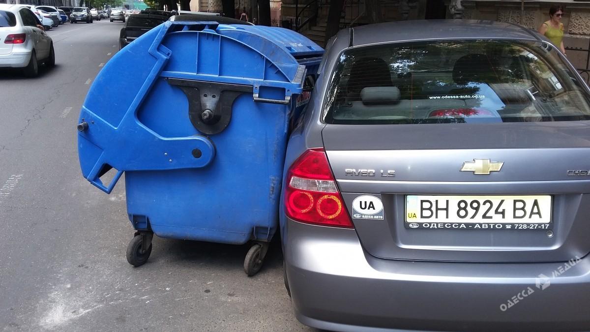 a45a74e57c1e4479bee4e1178c2ce419 Одесситы отомстили наглому «герою парковки»