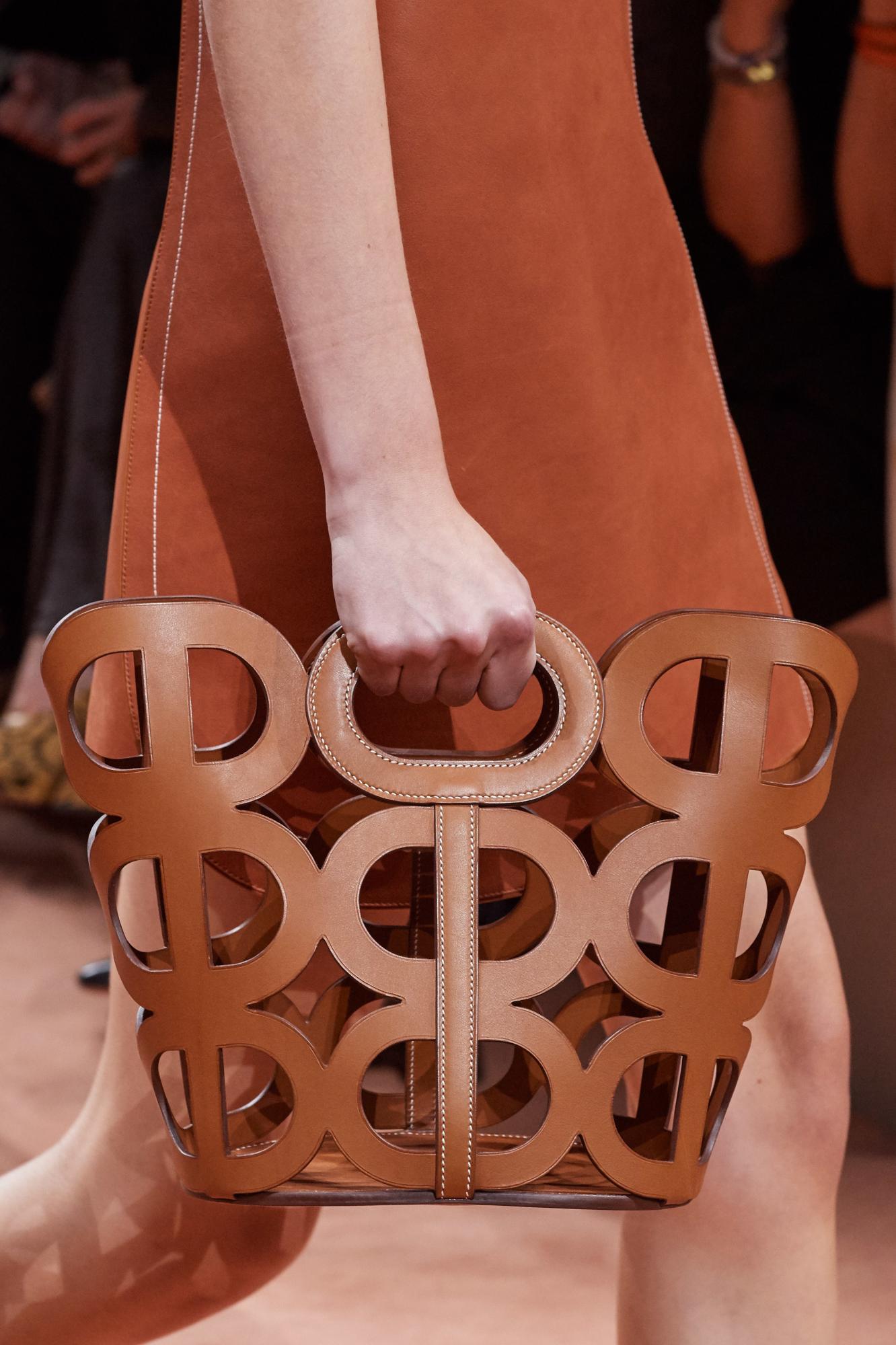 Мікроміні і стиль хіпі: 10 модних трендів ХХ століття, які точно повернуться в 2020-му
