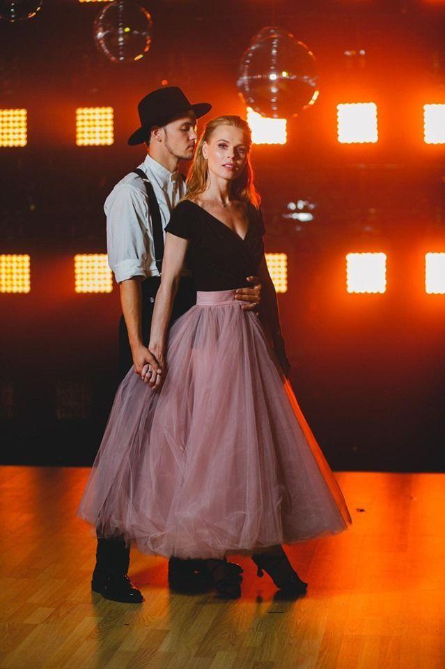 С кем Ольга Фреймут покоряет паркет Танцы со звездами: первые фото и видео пары