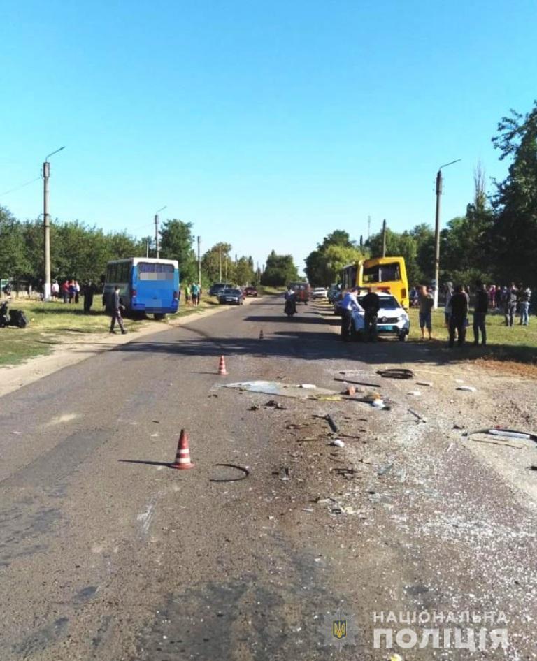 В Одеській області майже 20 людей постраждали в ДТП з маршрутками