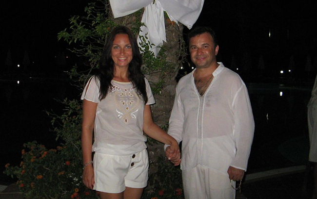 Готуються до весілля: Віктор Павлік покинув дружину заради юної коханої (фото)
