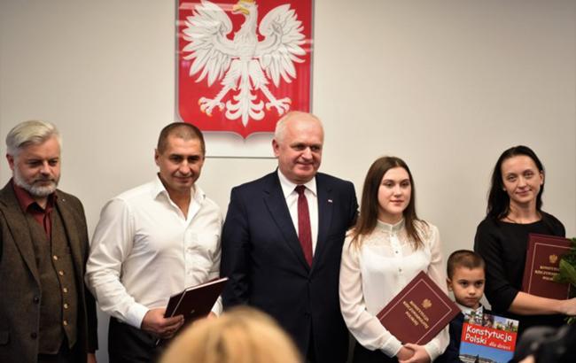 Спас женщин и детей в жутком ДТП: украинец-герой поменял гражданство (фото)