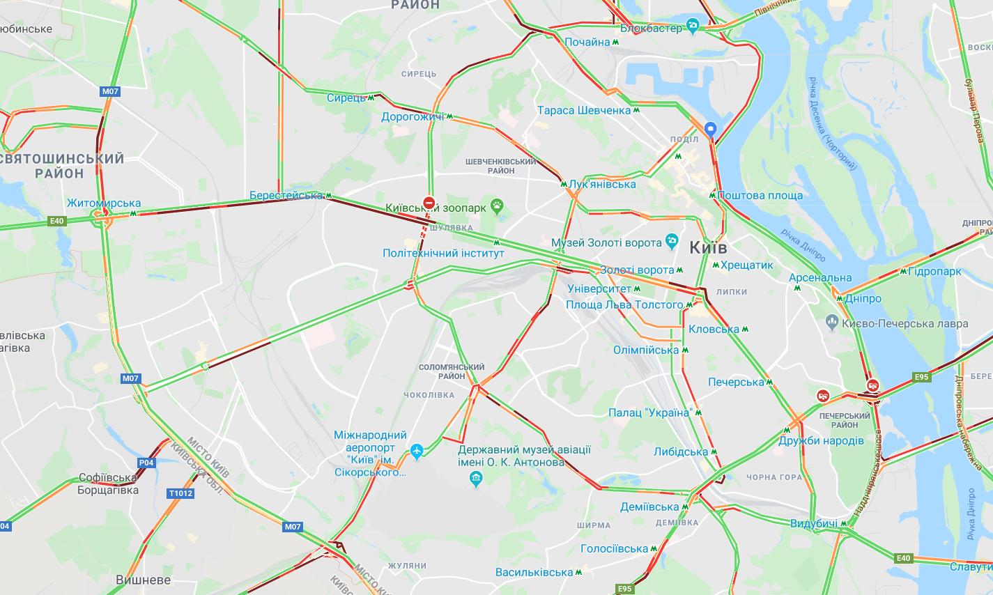 В Киеве утром образовались пробки: карта