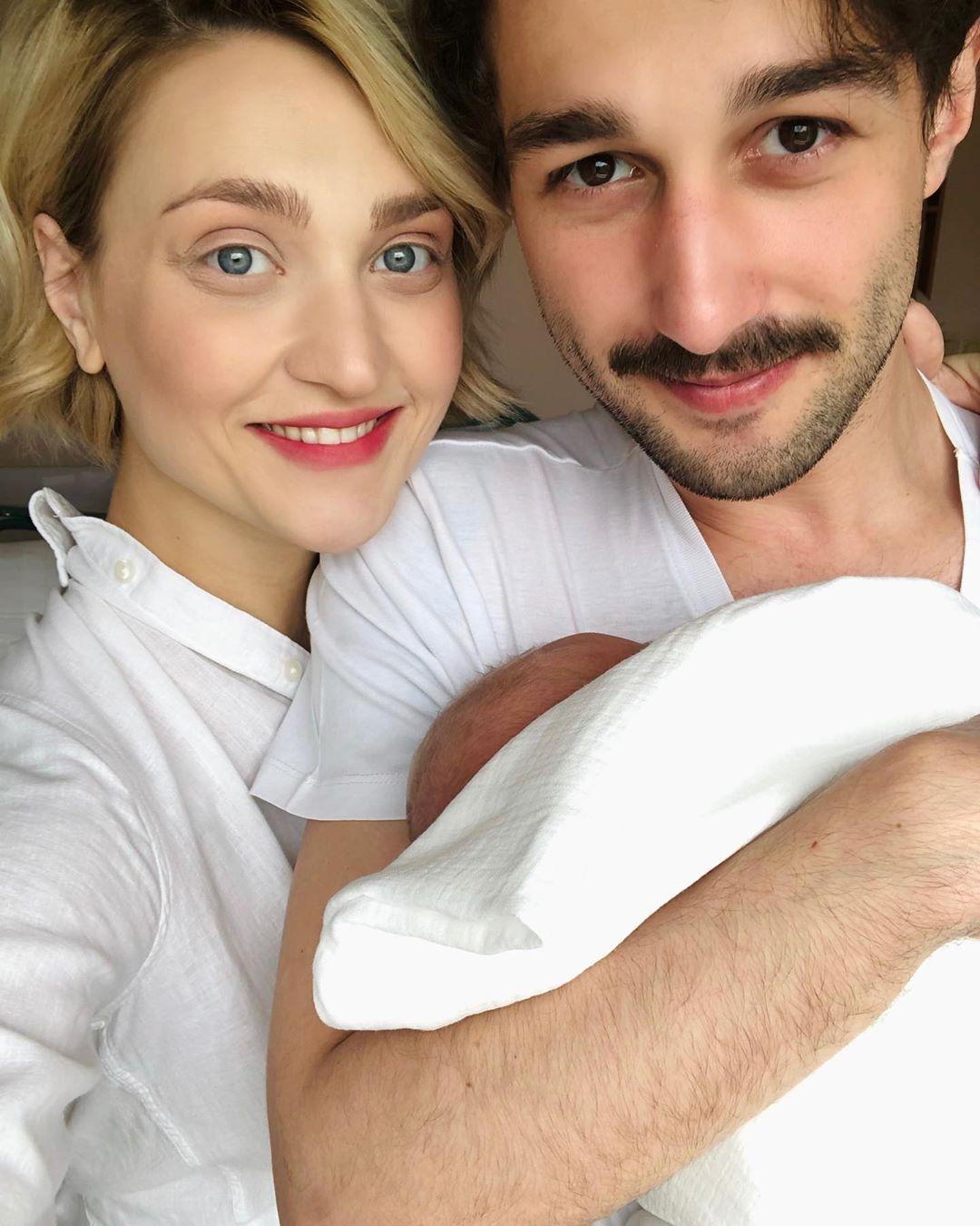 Вера Кекелия и Роман Дуда с сыном Ваней