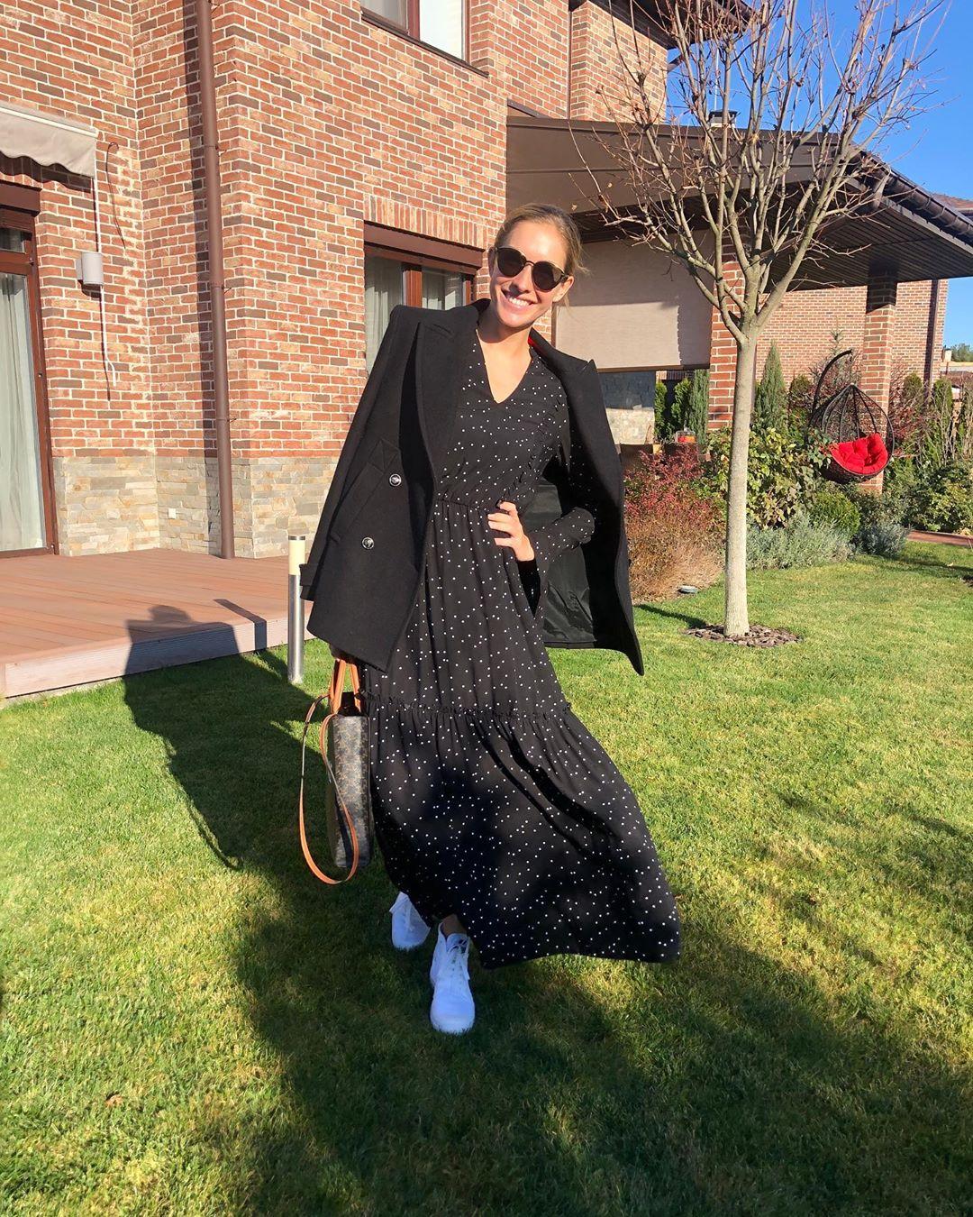 Королева стиля: Катя Осадчая похвасталась идеальным осенним выходом
