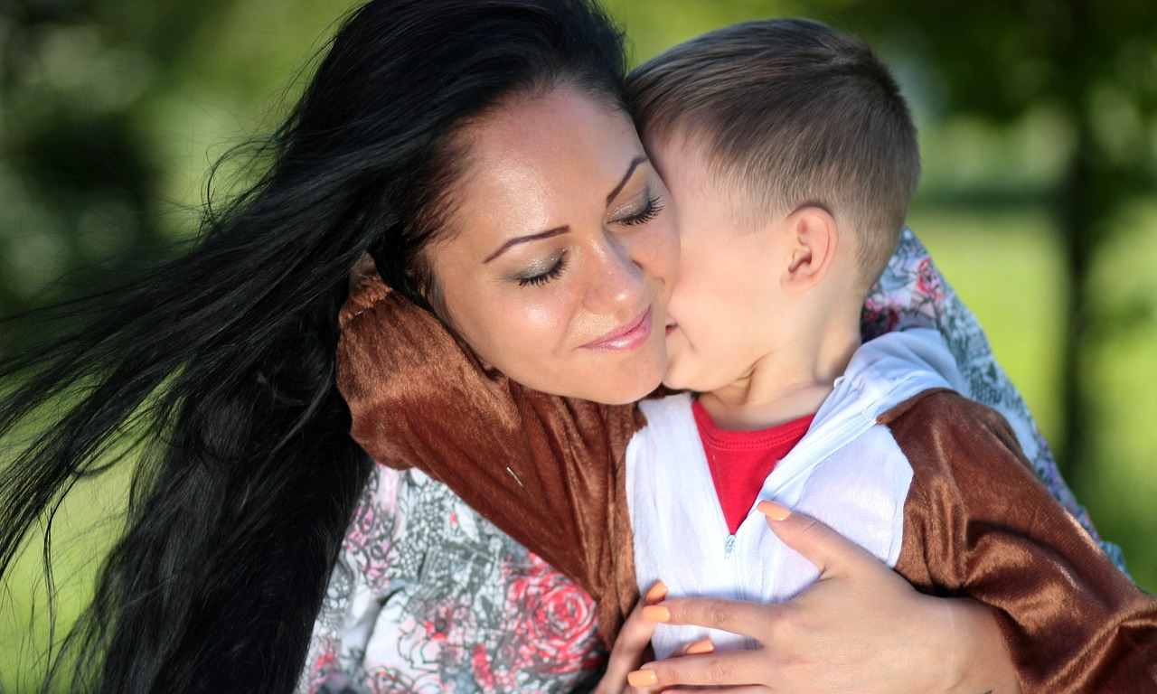 День матери 2019: главные традиции и обычаи праздника в Украине