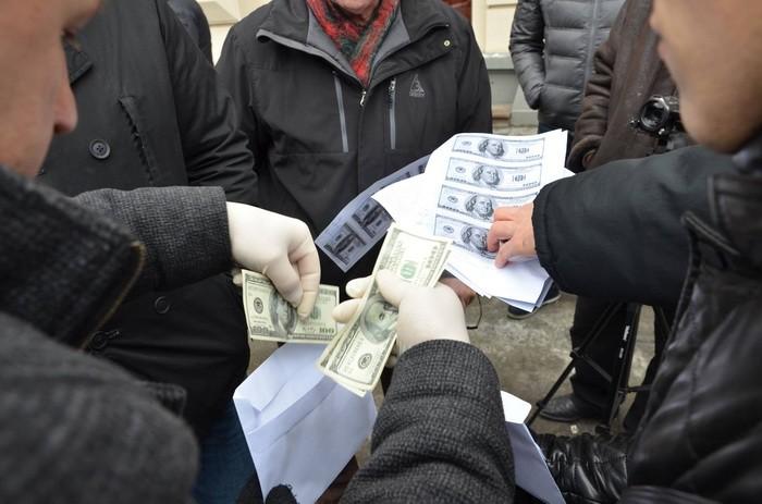 ВоЛьвовской обл. пограничников поймали навзятке