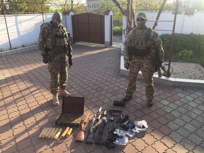 СБУ задержала группу торговцев оружием израйона АТО
