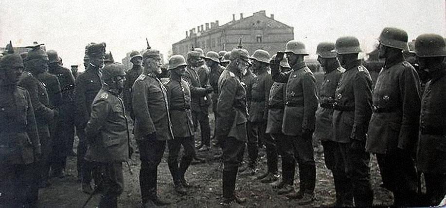 23 февраля: почему именно в эту дату был День защитника отечества