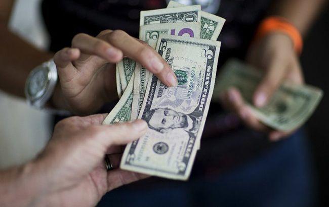Испытание на прочность: что будет с курсом доллара в Украине